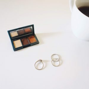 On Building a Capsule Makeup Collection
